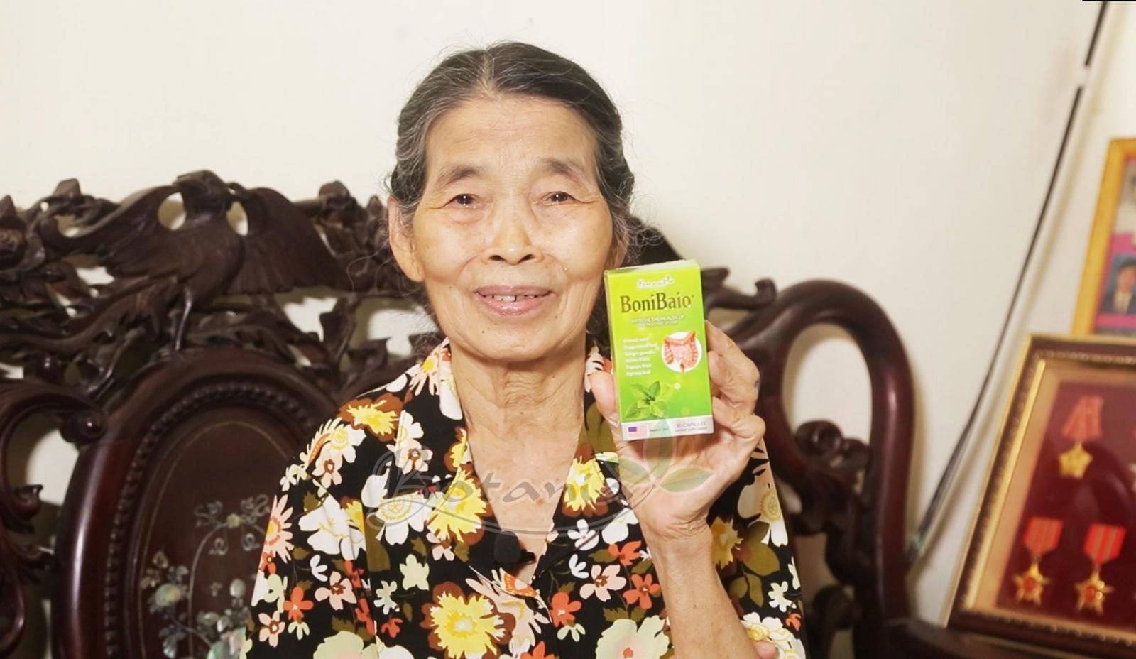 Hạnh phúc khi đẩy lui bệnh viêm đại tràng mãn tính ở tuổi 77