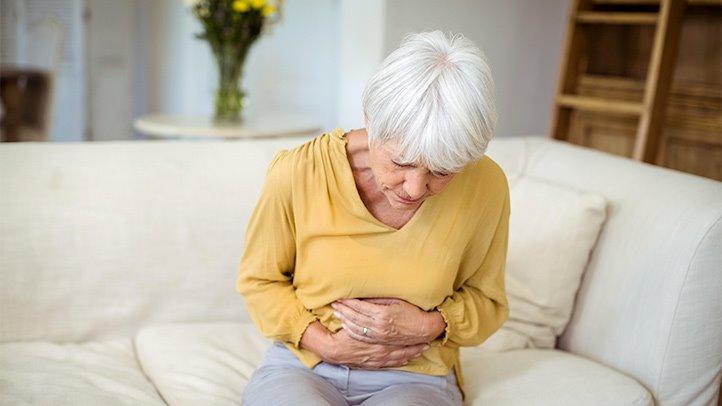 Tại sao người cao tuổi có nguy cơ cao mắc bệnh viêm đại tràng mãn tính?